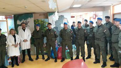 Photo of Pažnja, pokloni, snaga i energija! Niški žandarmi posetili male pacijente KC Niš