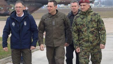 Photo of Ministar Vulin i general Mojsilović na tradicionalnom novogodišnjem okupljanju pripadnika 63. padobranske brigade