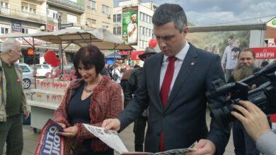 Photo of Obradović u Nišu promovisao ideju porodične Srbije i bojkota izbora, potpisivana peticija protiv migrantske politike