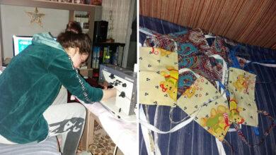 """Photo of HUMANOST NA DELU: Učenica GTŠ """"Neimar"""" šije maske za svoje sugrađane"""