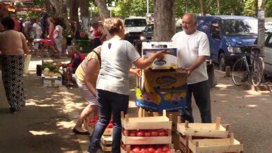 Photo of Komunalna milicija kontroliše prodaju prehrambenih proizvoda i okupljanje u parkovima