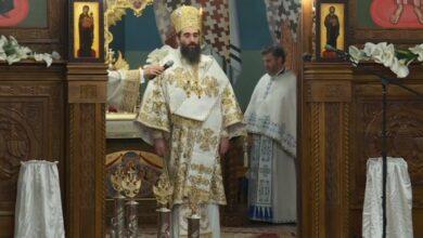 Photo of Vaskršnju liturgiju građani Niša pratili na televiziji i crkvenom radiju