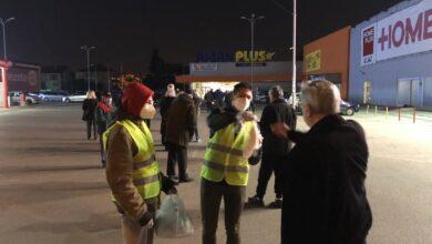 Photo of Medijanini volonteri delili maske i pomagali najstarijim sugrađanima pri kupovini