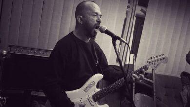 Photo of Preminuo Saša Stojanović Yapa gitarista benda Totalni klošari