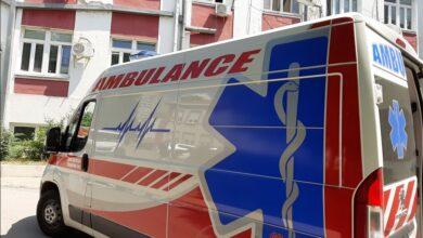 Photo of Nesvakidašnja situacija: Umesto kočnice pritisnula gas, pa udarila u banderu