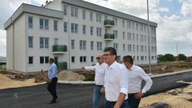 Photo of Završava se rekonstrukcija ulice Miloša Đorića, glavna veza za novi kompleks zgrada za izbeglice