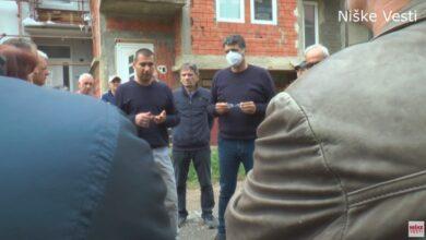 Photo of Grad izašao u susret meštanima Donje Vrežine i obećao asfalt u naredna dva do tri meseca