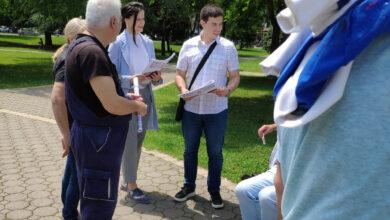 Photo of Mladi Кancelarije za mlade GO Medijana sa građanima u Svetosavskom parku