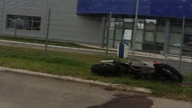 Photo of Nišlija (29) motociklom sleteo s puta