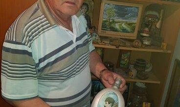 "Photo of Novica je dom pretvorio u muzej, a u njemu je i  vaza iz perioda ""Bonaparte"""