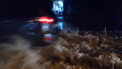 Photo of Devojka traži dva momka koji su je spasili iz bujice na Paliluli za vreme poplave