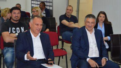 """Photo of Tončev jednoglasno novi-stari predsednik Radničkog, funkciju odmah """"zamrznuo"""""""