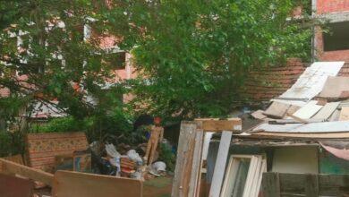 Photo of BRANISLAV JOVANOVIĆ: Kompleks započetih zgrada za talentovane studente urastao u korov
