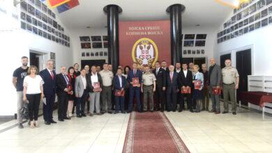 Photo of Kopnena vojska dodelila priznanja učesnicima u otklanjanju posledica koronavirusa