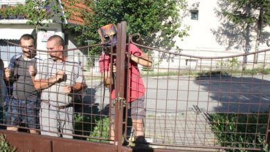 Photo of RADNE AKCIJE DELIJSKI VIS: Popravili ogradu na Vojničkom groblju