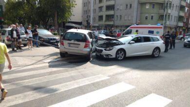 Photo of Udes kod semafora na početku Bulevara Nemanjića