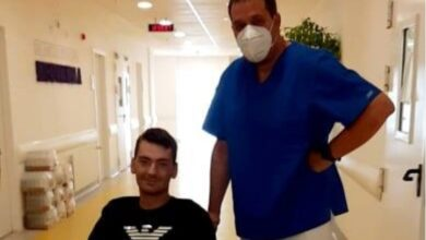 Photo of Mladi Predrag posle 47 dana borbe pobedio koronu
