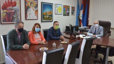 Photo of Opština Crveni krst pomaže osnovnim školama da reše probleme