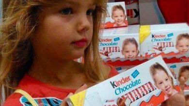 "Photo of Njen osmeh vas je očarao. Ostaće upamćena kao devojčica sa ""Kinder čokolade""  (VIDEO)"