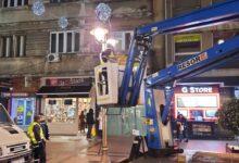 """Photo of JKP """"Parking servis"""": Redovno održavanje i postavljanje novogodišnje dekoracije i rasvete"""