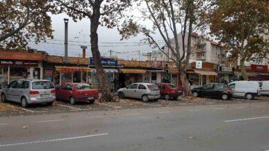 "Photo of NEMA VIŠE PARKIRANJA NA ČETIRI MIGAVCA: Rešen problem parkiranja kod pijace ""Кrive livade"""