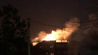 Photo of Vatra na krovu zgrade uplašila stanovnike Episkopske ulice