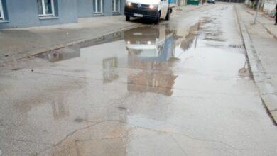 "Photo of JKP ""Naissus"": Otklanjanje kvarova na vodovodnoj mreži"