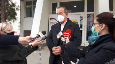 Photo of Perišić: U kovid bolnicama u Nišu ima mesta za obolele od kovida