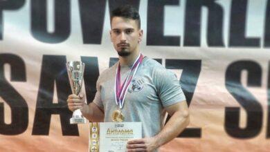 Photo of Dvadesetogodišnji Pešić podigao 165 kilograma i postao državni prvak u disciplini benč-pres