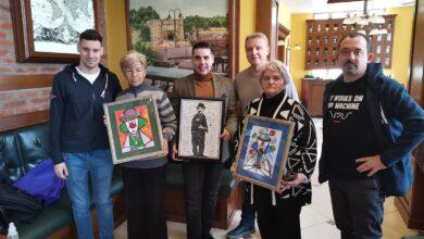 Photo of Slike Ivana i Aleksandra Blatnika prodate na licitaciji za 35.000 dinara
